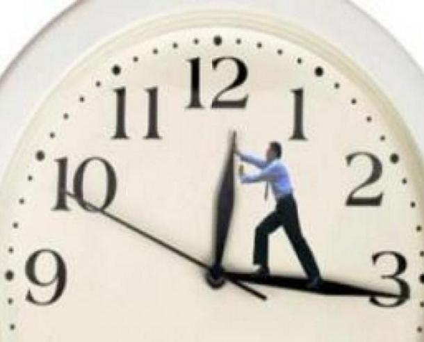 ساعة زايدة ساعة ناقصة ... نظام أندرويد خربق العالم - زنقة 20