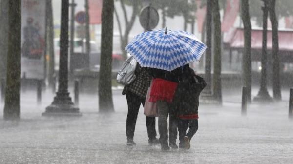 أمطار عاصفية قوية وثلوج بهذه المدن لغاية الثلاثاء