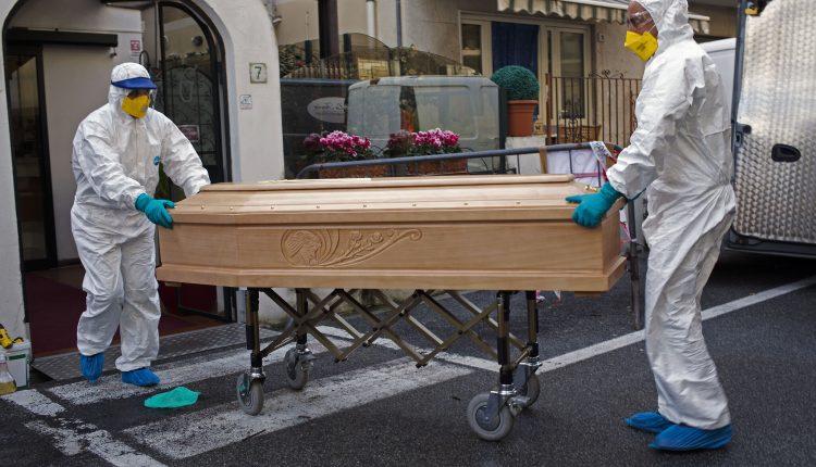 41 قتيل خلال 24 ساعة بإيطاليا بسبب كورونا